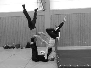 Akrobatik-Übungsstunde